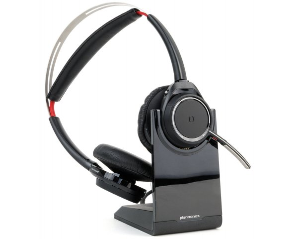 Plantronics Voyager Focus UC B825-M inkl. Ladestation